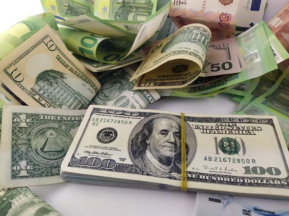 Займы денег срочно
